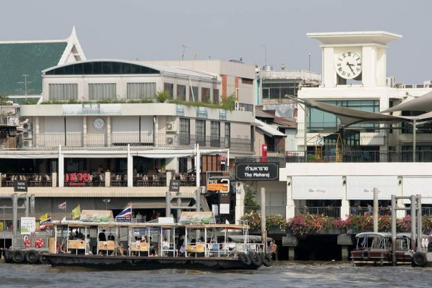 Tha Maharaj, Shoppingcenter und Pier am Chao Phraya
